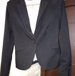 Пиджаки женские S