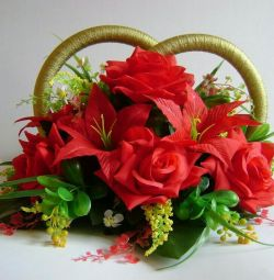 Arrangement of artificial flowers (without rings)