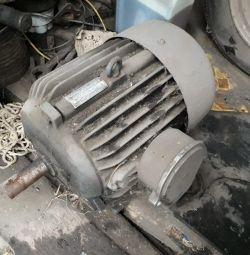 Двигун, 3KW