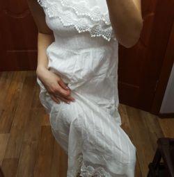 Φόρεμα κομψό σε έναν ώμο