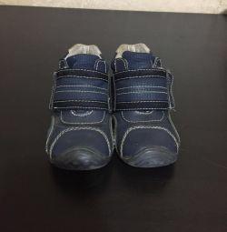 Ботинки демисезонные 22 размер