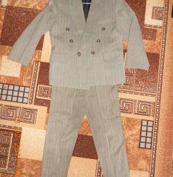 Costum școlar pentru băiat.