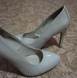 Shoes 37 r