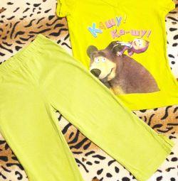 Capra și tunica pentru o fată în vârstă de 5-6 ani.