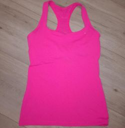 Sports top. Size 40-42