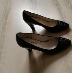 Pantofi negri nat. NOU, 35 r