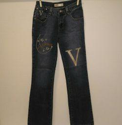 Jeans cu o dimensiune a imaginii 26
