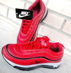 Τα πάνινα παπούτσια της Nike 36,37,38