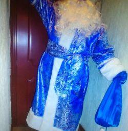 ? Blue Santa Claus costume Belarusian New Year