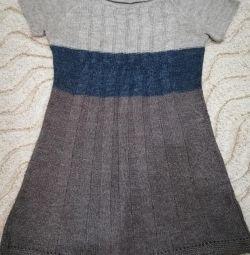Шерстяные платья на 44-46 размер