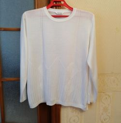 White viscose sweater