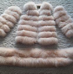 I will sell a natural polar fox fur coat a transformer.