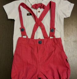 Suit for a boy of 7-9 months