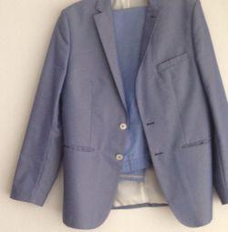 Ο Ζάρα του κοστούμι