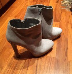 μπότες Αλέξανδρος MQueen