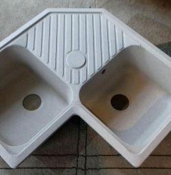 Раковина-мийка гранітно-кварцова композитна