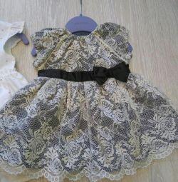 Κομψό μίνι basix φόρεμα του ποταμού 74