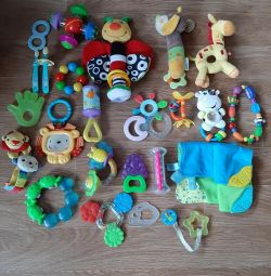 Rattles, teething pack