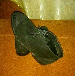 Pantofi pentru bărbați noi p. 44