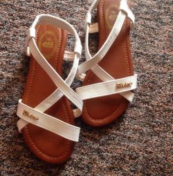 Sandale dimensiune 36