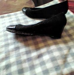 Туфлі жіночі 39