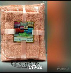 Towels 3pcs a lot of excellent quality colors.