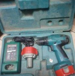 MAKITA 6281 D (2745) screwdriver