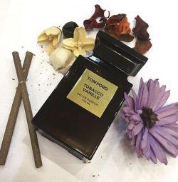TOM FORD parfüm seçkin test cihazı