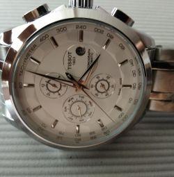 Чоловічий годинник.