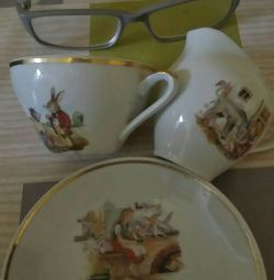 A set of porcelain.children import.3 photos