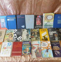 Literatură, cărți de diferite genuri
