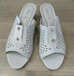 Γυναικεία παπούτσια ΝΕΑ