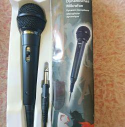 Microfon pentru voce