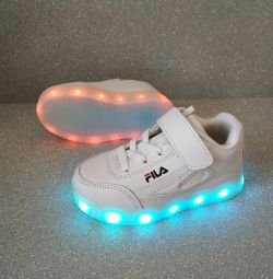 Sneakers luminoși noi 22