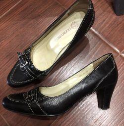 Туфли чeрные кожаные Терволина