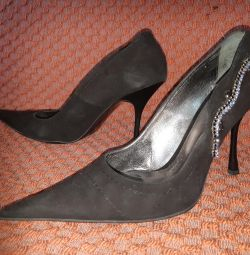 Fashionable shoes. Size 39