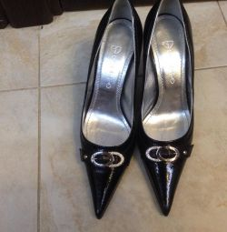 Pantofi pentru femei Giotto