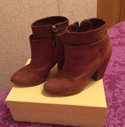 черевики Бершка