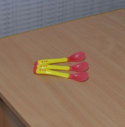 Silicone spoon ANTI-BURN changes color