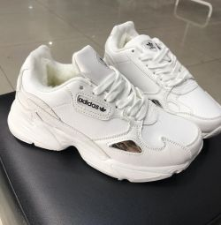 Sale up to -70% Winter adidas falcon