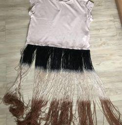 T-shirt with fringe