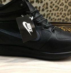 Adidasi de iarna pentru barbati Nike