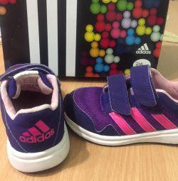 Adidas Original ile kroşe