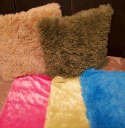 Fluffy pillowcases