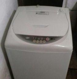 Продам стиральную машину Лж