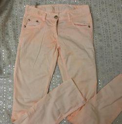 Καλοκαιρινό παντελόνι για κορίτσια