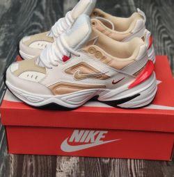 Pantofi Nike M2K Tekno