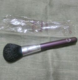 Brush for powder new.