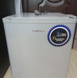 Refrigerator GOLDSTAR RFG-50 (751)