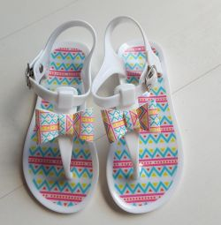 Slippers, insole 17 cm. New.